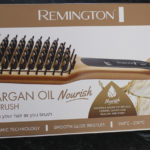Remington Keratin & Argan Oil Nourish Straightening brush by Lena Talks Beauty